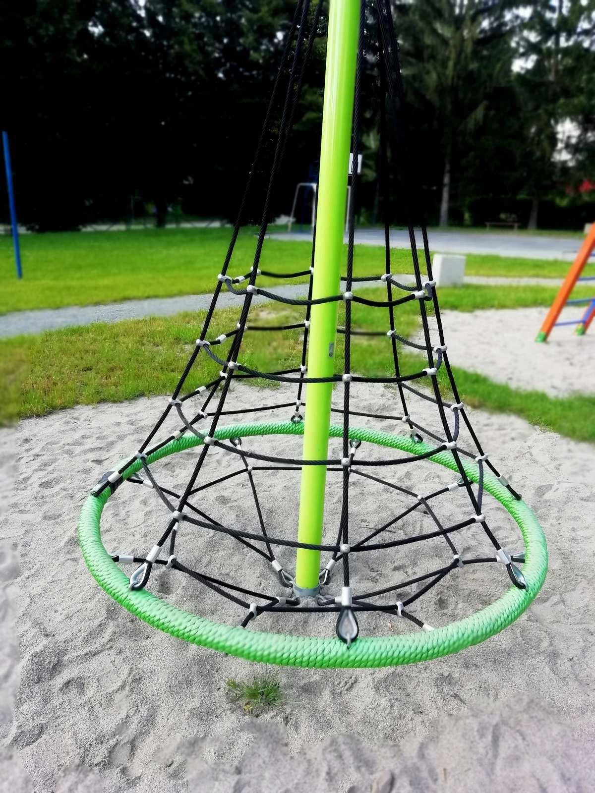 parkfitness i plac zabaw apartamentu fabryka endorfin w kłodzku/fitness park and playground in apartment Fabryka Endorfin Klodzko